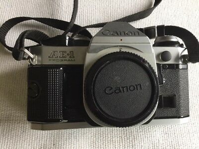 Canon AE-1 Program 35MM SLR camera with Canon Lens  FD 50mm 1:8, 166A Flash