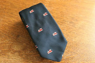 """Vintage Navy Tie Farm House Red Barn Reis of New Haven Classic 3"""" Blue"""