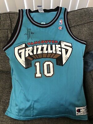 5a147abae Vintage Rare Vancouver Grizzlies Champion Jersey Autographed Mike Bibby  10  44