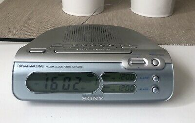 Vintage Retro Sony Dream Machine Model ICF-C273 AM/FM Digital Alarm Clock Radio