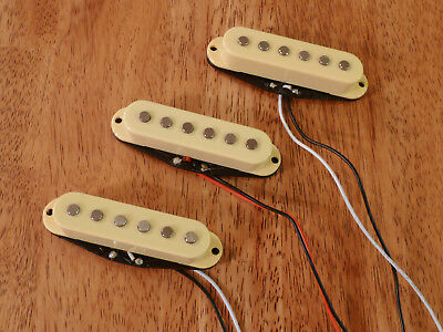 Guitar Pickups Alnico 5 Magnets Classic 60's Set Of 3 Cream For Stratocaster