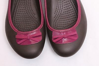 7762ae619 CROCS LILY WOMENS 8 M Brown Slip On Ballet Flats with Purple Trim ...