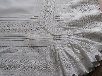 Antique Linen & Eyelet Lace Tea Cloth- Early 20th C.
