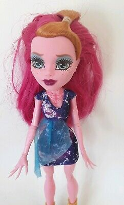 GIGI GRANT Freaky field trip MONSTER HIGH doll excellent used cond