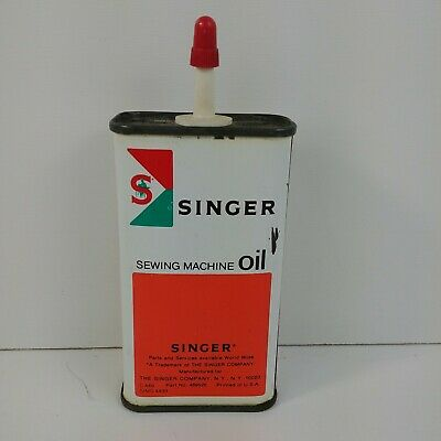 Singer Sewing Machine Lubricant OilTin Can 2/3 FULL 4 Oz Advertising Squirt C449