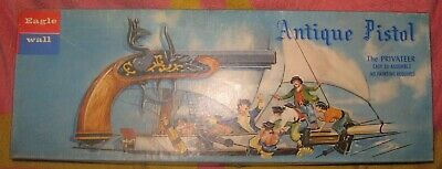 RARE 1959 EAGLEWALL PYRO 18thC PRIVATEER ANTIQUE PISTOL MODEL KIT RETAIL BOXED