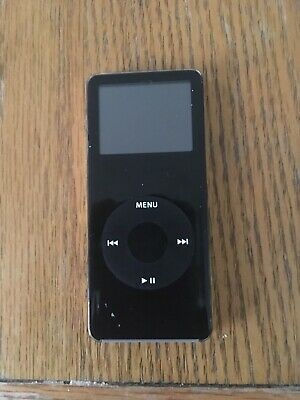 Apple Ipod Nano 1st Generation 4gb. Onkyo dock. Battery pack etc