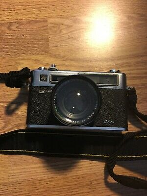 Yashica Electro 35 GSN 35mm Rangefinder Film Camera with f 1.7 45mm lens