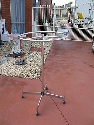 Shop Stand Circular Removable Top On Wheels Excellent Working Condition..1