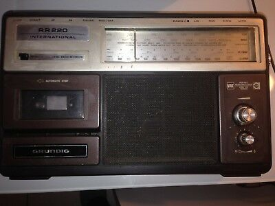 Radio Grunding Rr220 International