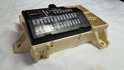 2000-2002 Lincoln LS Fuse Box Relay Junction Box with Fuses 1W4T-14A067-AA