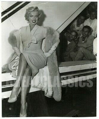 Marilyn Monroe Twa Airlines 1954 Lovely Candid Original Vintage Photograph