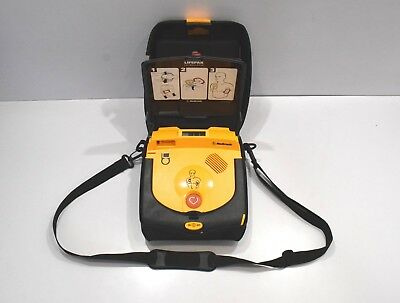 Physio-Control LIFEPAK CR Plus AED Fully Automatic defibrillation heartstarter