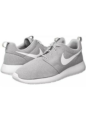 96b1f3ed291d4 NEW MEN S NIKE Roshe Run One White   Blue   Red Size 11.5 511881 100 ...