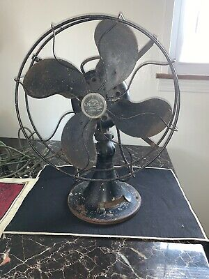 Emerson 3 speed  Oscillating Electric Fan 29646 working
