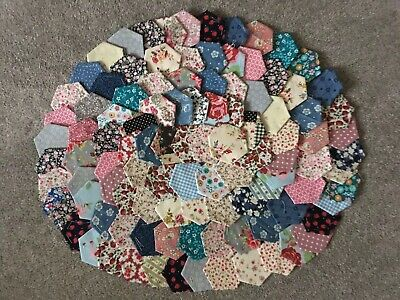 New Ready Tacked Patchwork Hexagons X 100  Inc Rose  & Hubble&cath Kidston Ikea