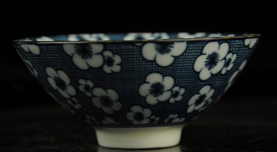 Chinese antique hand-made Blue and White porcelain bowl a02
