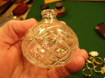 #23 of 24, VERY NICE OLD VTG ANTIQUE? CRYSTAL PERFUME BOTTLE, ROUND / BULB SHAPE