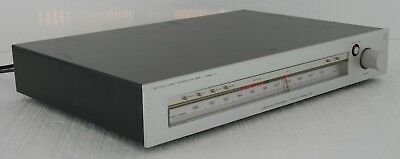 Luxman T-12 Accutouch Quartz Reference FM Stereo Tuner : Good Working Condition!