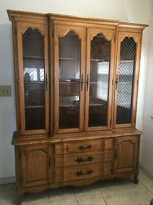 Vintage Thomasville Dining Room Table Six 6 Chairs And China Cabinet