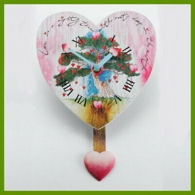 """Seedlings of Love"" Pendeluhr, Wanduhr. 20 cm."