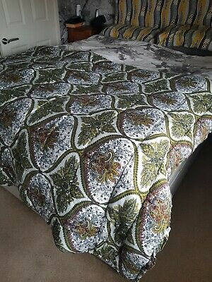 Retro Vintage Mustard Olive Quilt Throw 70s eiderdown