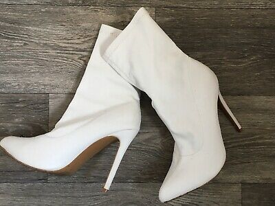 Gorgeous Ladies Boots - White - Night / Party Size 4 Stretch