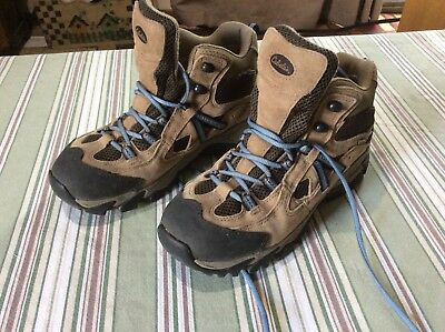 cec3db29ab1 CABELAS WOMENS VINTAGE Trail Hiking Boots Betty Lou Brown Size 10 ...