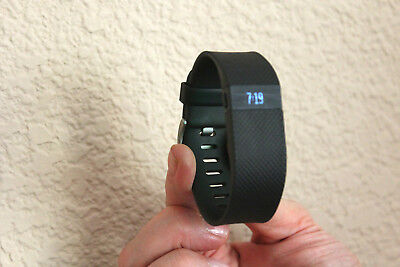 Fitbit Charge HR Wireless HEART RATE Activity Wristband - Small, Black