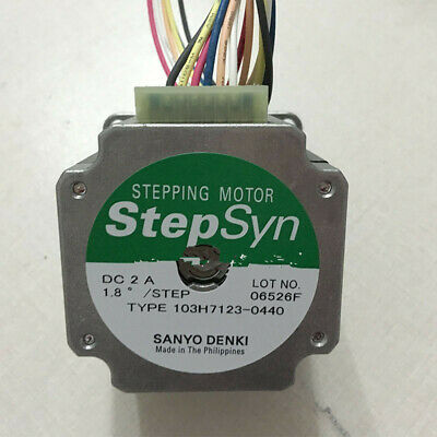 1pc New SANYO stepper motor 103H7123-0440