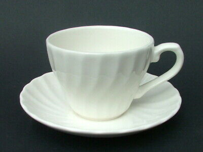 Churchill Chelsea White Pattern 200ml Tea Cups & Saucers New and Unused + Label
