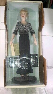 "Franklin Mint Diana the Princess of Wales 17"" Portrait Doll Black Gown New"