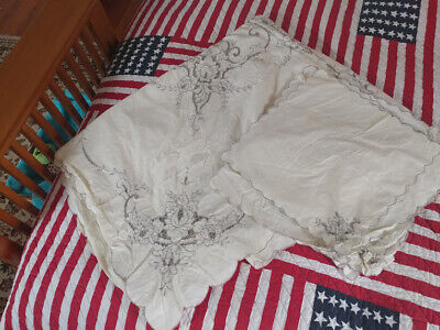 VINTAGE ITALIAN TABLECLOTH & 12 NAPKINS EMBROIDERED FLOWERS RECTANGULAR 94 x 63""