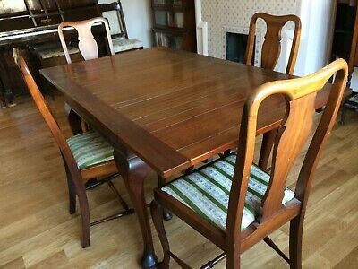 Victorian Mahogany Extending Dining Table 6 seater and 4 Chairs
