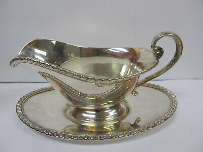 "Lbs Co Silverplate # 2259 Gravy Boat W/ Undertray 8"" L Good Cond"