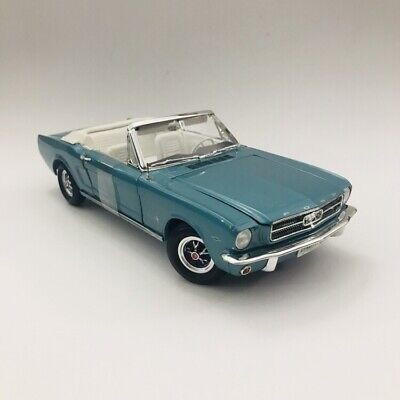 1965 Ford Mustang Convertible Tropical Turquoise 1/18 Authentics Chase Version