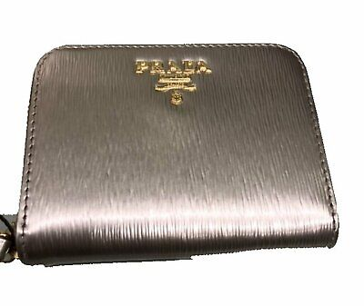 1a436e80fc83 Prada Portamonete Vitello Move Pirite Gold Leather Zippered Wallet 1MM268