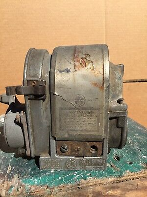 American Bosch AT4 ED26 Magneto Antique Hit And Miss Gas Engine Tractor 3800058