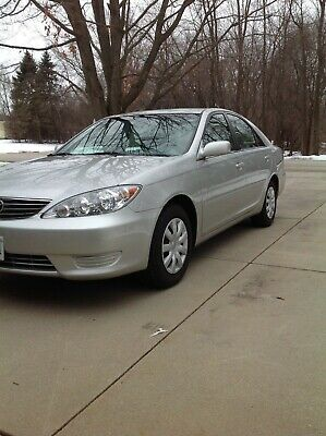 2005 Toyota Camry LE 2005 Toyota Camry LE  Great condition 32,000 miles  new tires