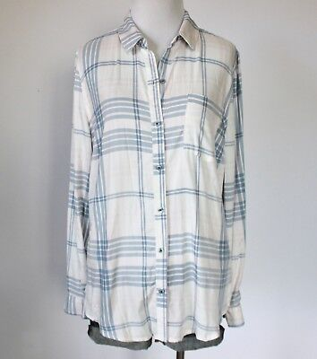 c250b274700a84 LAURA SCOTT Women s Plaid Checkered Button Down Collar Pocket Shirt Top  Blouse M