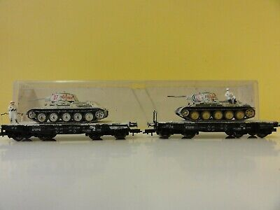 2 Ho Wagons Loaded With 2Nd World War / Welt Krieg Russian Tanks