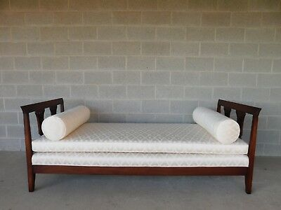 BAKER Chippendale Style Mahogany Day Bed