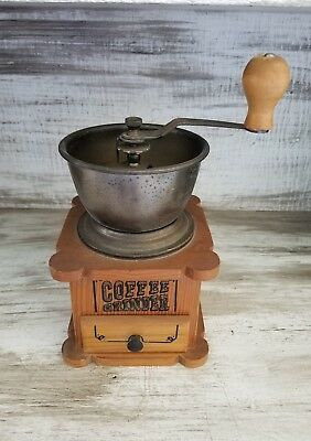 ANTIQUE BALANCE WHEEL COFFEE GRINDER-ITALY-CAST IRON/ Solid
