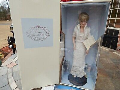 The Franklin Mint Princess Diana Doll Pearl White Dress