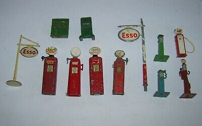 Britains-Dinky other Makes Fuel Pumps and accessories AS FOUND
