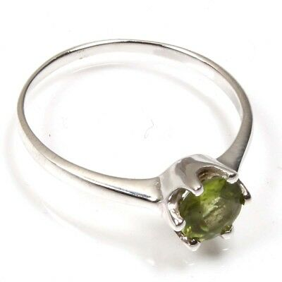 925 Solid Sterling Silver Charming Peridot Faceted Lovely Ring SZ US 7.75 C-7521