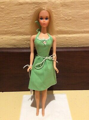 Quick Curl Barbie 1972 In Vintage Outfit