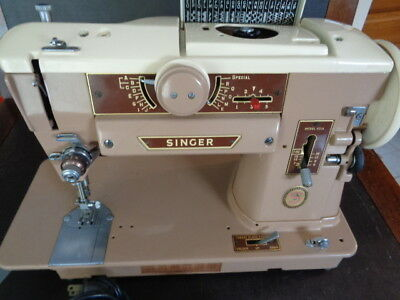 Singer Sewing Machine 401A