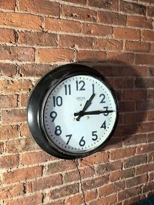 """Original steel 24"""" Smiths Sectric factory station wall clock (working) BAR CAFE?"""