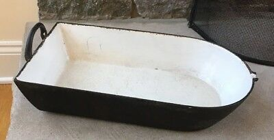 AntIque Cast Iron Enameled Cookware, TH Mark, 4 1/2 Pan/Scoop